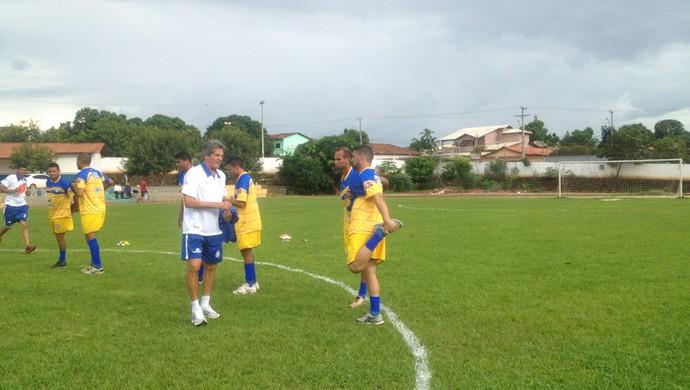 Roberto Oliveira será o técnico do Interporto na temporada 2015 (Foto: Vilma Nascimento/GloboEsporte.com)