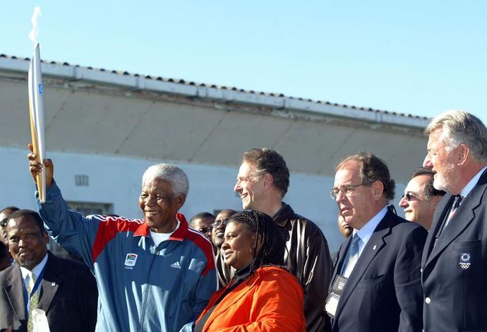 Mandela Tocha 2004 (Foto: Getty Images)