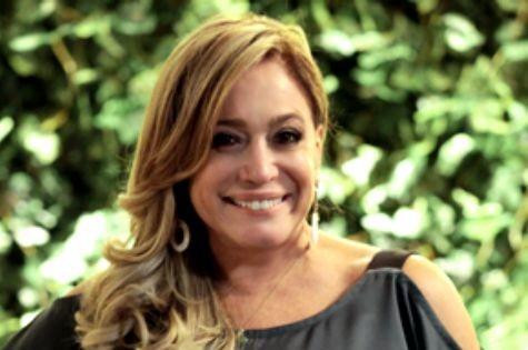 Susana Vieira é Pilar em 'Amor à vida' (Foto: Reprodução)
