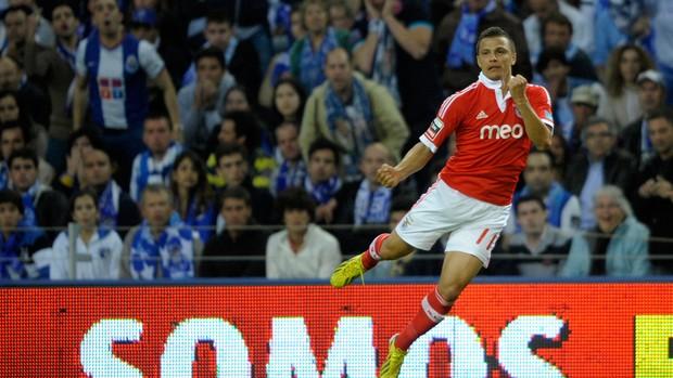 Rodrigo Lima, Porto x Benfica (Foto: AFP)