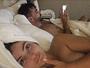 Em Las Vegas, Laura Keller posa nua na cama ao lado de Jorge Sousa