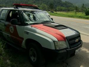 Assalto foi em trecho da Rio-Santos perto do bairro Olaria (Foto: Reprodução/TV Vanguarda)