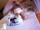 Sem material, médicos e enfermeiros 'vestem' plástico em hospital do DF