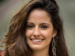Amanda de Godoi é Fernanda Tetel, aluna do Colégio Dom Fernão, na nova temporada de Malhação (Foto: João Cotta / TV Globo)
