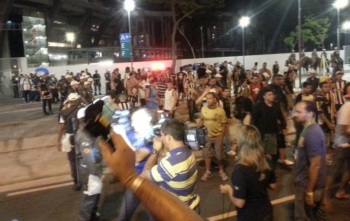 Torcida Botafogo (Foto: Thales soares)