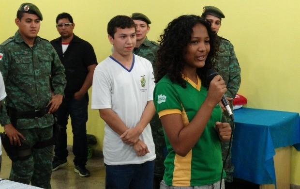 Stephanie Silva, participará de uma das seis equipes participantes da campanha ambiental (Foto: Onofre Martins/Rede Amazônica)