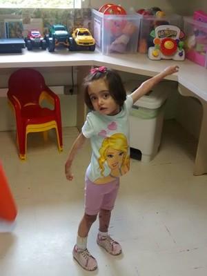Raissa sofre com doença rara e precisa de R$ 3 milhões para tratamento (Foto: Arquivo pessoal)