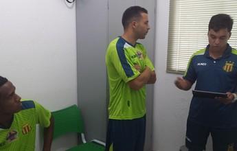 Daniel Amora e Rafael Estevam passam por exames no Sampaio