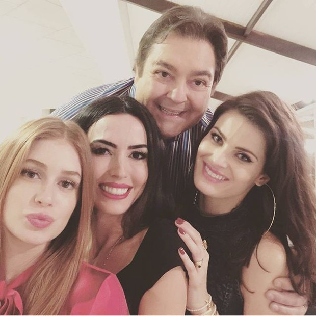 Marina Ruy Barbosa, Fausto Silva, Isabelli Fontana (Foto: Reprodução/Instagram)