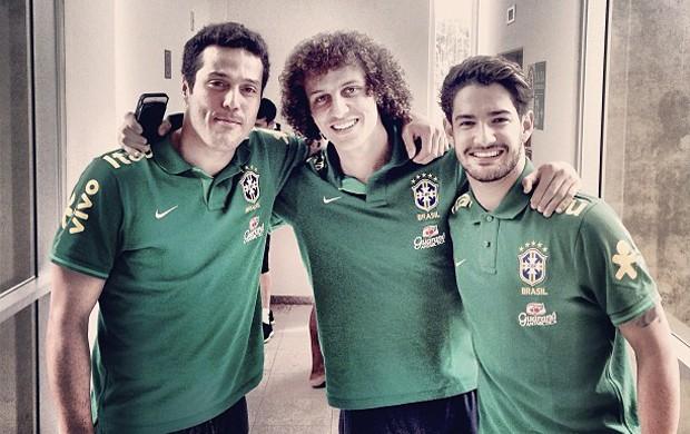 julio cesar seleção brasileira david luiz (Foto: Reprodução)