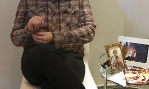 Filho de Chorão fala do primeiro ano sem o pai: 'Dói muito até hoje'