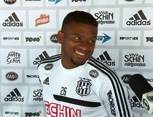 Reinaldo, lateral-esquerdo Ponte Preta (Foto: Reprodução EPTV)