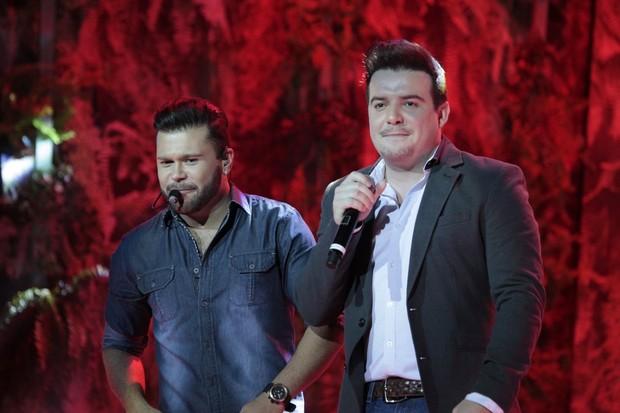 Marcos e Belutti (Foto: Isca Luz / EGO)