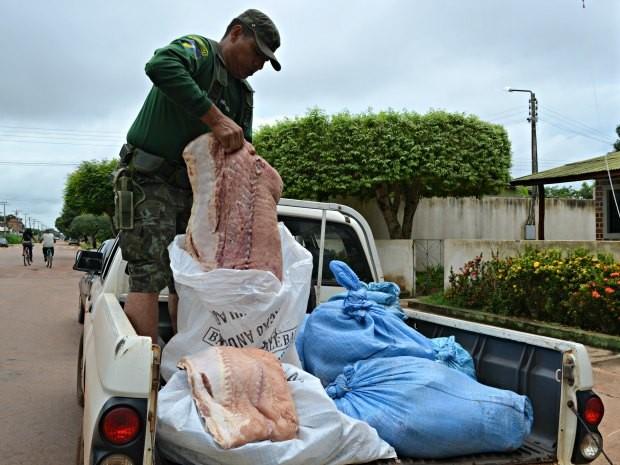 Pirarucu seria comercializado no Mercado do Peixe de Guajará (Foto: Rosiane Vargas/G1)