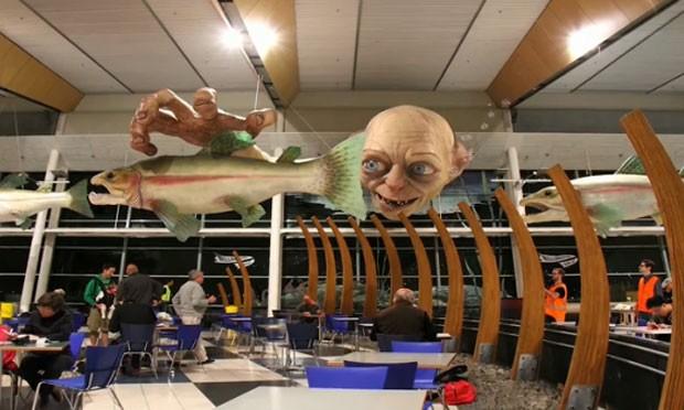 Escultura gigante de Gollum foi instalada no Aeroporto de Wellington. (Foto: Reprodução)