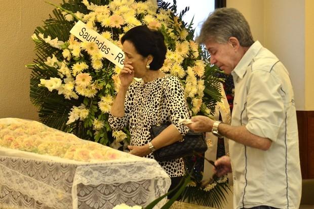Edwin Luisi no Velório de Barbara Heliodora (Foto: Roberto Teixeira / Ego)