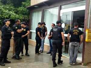 Operação Lares cumpriu, nesta segunda (1), cinco mandados de busca e apreensão  (Foto: Iryá Rodrigues/G1)