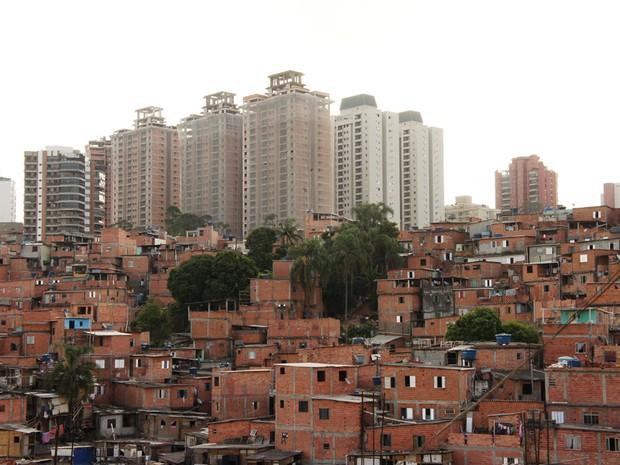 Região tem mais de 100 mil habitantes, segundo presidente da União de Moradores de Paraisópolis (Foto: Glauco Araújo/G1)