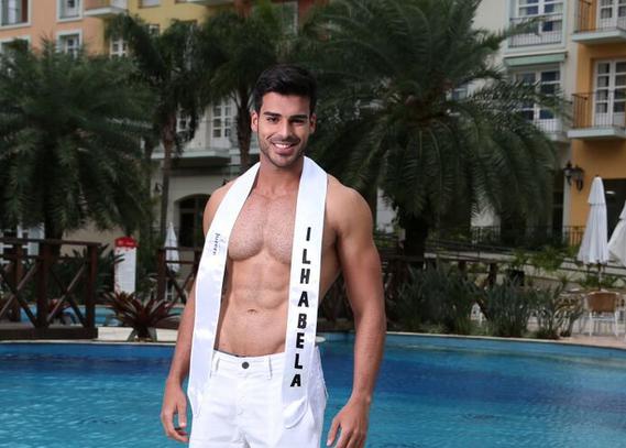 Rrepresentante de Ilhabela, SP, Anderson Tomazini venceu o Mister Brasil 2015 (Foto: Divulgação)