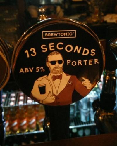 Cerveja Conor McGregor UFC (Foto: Reprodução/Twitter)