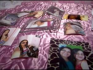 Mãe mostra fotos da filha desaparecida (Foto: Reprodução/ TV Gazeta)