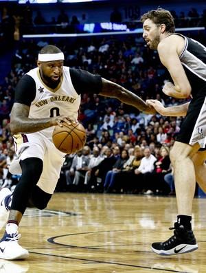DeMarcus Cousins Spurs x Pelicans NBA (Foto: Reuters)