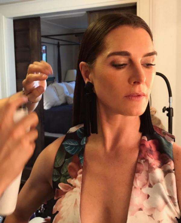 No Instagram Brooke postou foto da maquiagem e preparação para o evento (Foto: Reprodução/Instagram)