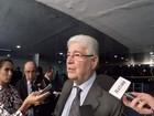 Requião diz ter aceitado convite para relatar projeto de abuso de autoridade