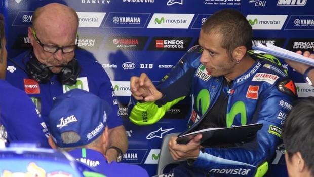 """BLOG: MM Artigos Imperdíveis... """" Rossi atormenta Viñales e agora culpa a Yamaha por suas derrotas na MotoGP"""" - de Emilio P. de Rozas para elperiodico.com..."""