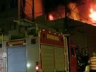 Incêndio destrói loja em Cachoeiro de Itapemirim, ES