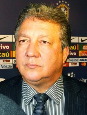 João Bosco, presidente do Goiás (Foto: Fernando Martins / Globoesporte.com)