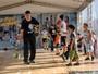 Após treino, jogadores do Mogi das Cruzes participam de clínica