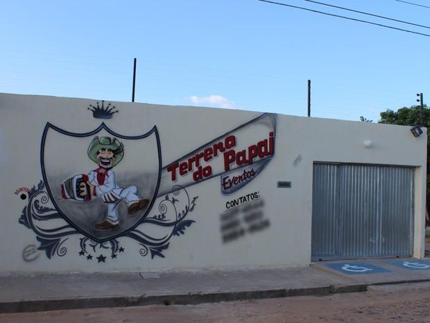 "Casa noturna ""Terreno do Papai"" falta auto de vistoria e alvará de funcionamento (Foto: Ellyo Teixeira/G1)"