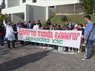 Contra demissões, funcionários protestam no Instituto de Cardiologia