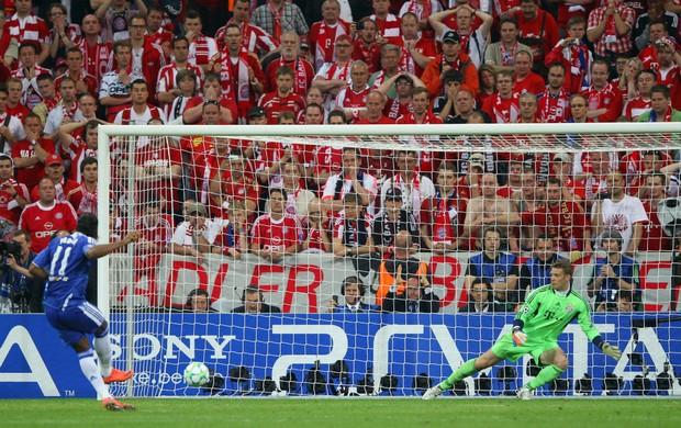 Drogba pênalti Chelsea Bayern (Foto: Getty Images)