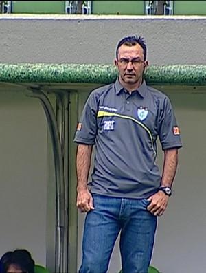 Cláudio Prates, técnico interino do América-MG (Foto: Reprodução Sportv)