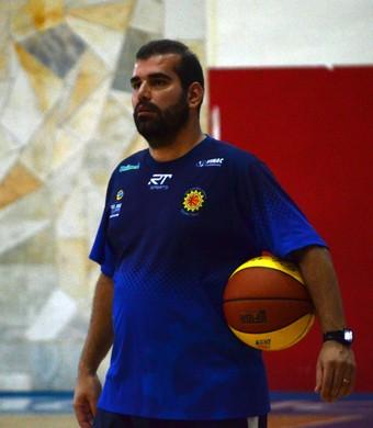 Cristiano Ahmed, técnico interino, São José Basquete (Foto: Danilo Sardinha/GloboEsporte.com)