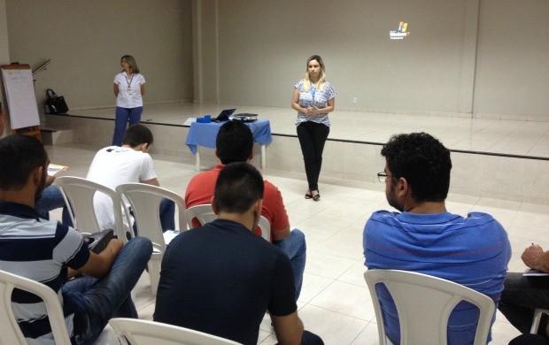 Reunião discute preparativos da Copa Rede Amazônica de Futsal em Roraima (Foto: Bruno Willemon/ Rede Amazônica)