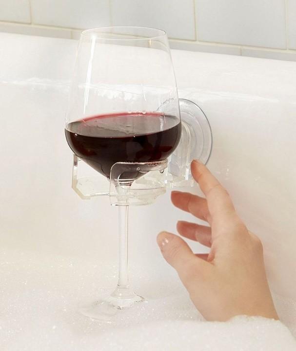 Segurador de vinho (Foto: Reprodução)