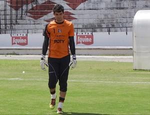 Cley, goleiro do Santa Cruz (Foto: Bruno Marinho / GloboEsporte.com)