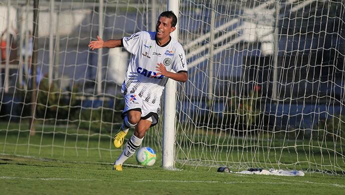 Didira marca o terceiro gol do ASA contra o Salgueiro (Foto: Ailton Cruz/ Gazeta de Alagoas)