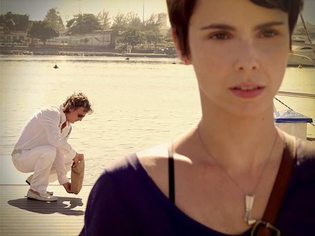Max mantém a parceria com Nina por mais dinheiro (Foto: Avenida Brasil/TV Globo)