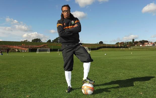 Davids assina contrato com o Barnet FC (Foto: AP)