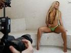 Bastidores: sensual em 'Amor à vida', Dani Vieira fica tímida no Paparazzo