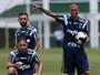 Mais regular, elenco palmeirense fala em time fortalecido para Libertadores