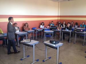 Servidores dos municípios de Cutias e Itaubal começaram a capacitação (Foto: John Pacheco/G1)