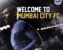 Anelka é mais um veterano a acertar com equipe da nova liga da Índia