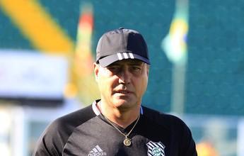 """Goiano evita polêmica e diz que lance do pênalti """"é interpretação do árbitro"""""""