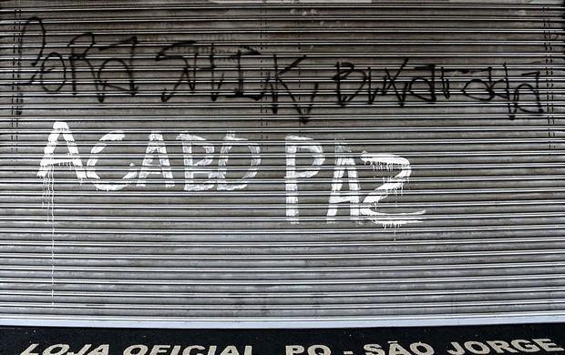 Pixação Parque são jorge corinthians (Foto: Alex Falcão / Agência Estado)