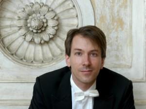 Maestro alemão Felix Krieger dirige último concerto em Tatuí (SP) (Foto: Divulgação)